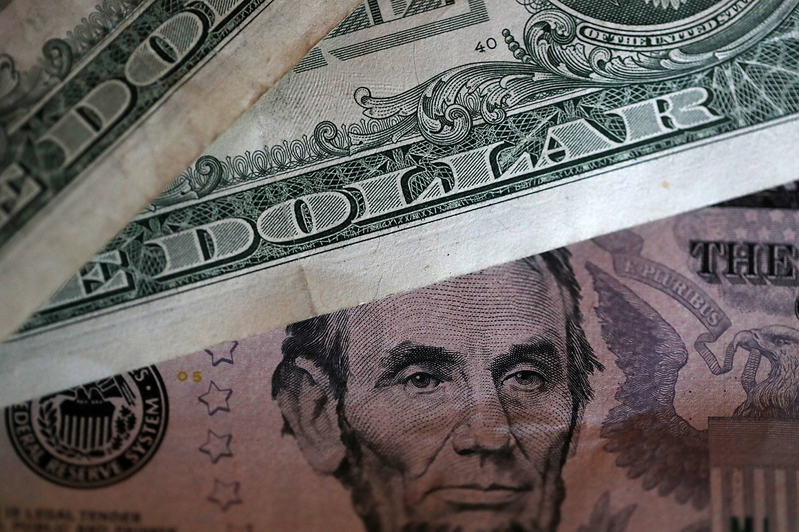 210729 dollar bills getty 773 captis executive search management consulting leadership board services